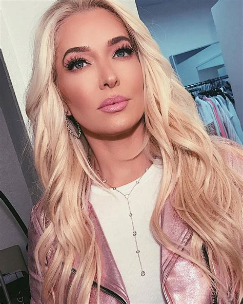 Erika Jayne's 2017 Holiday Gift Ideas Are Not Too XXpen
