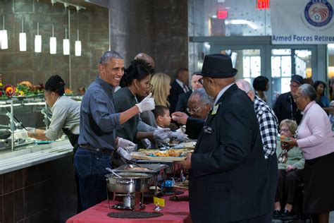 The Obamas Spend Thanksgiving Serving Food To Army Veterans