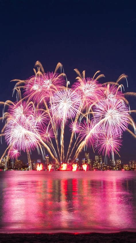 Wallpaper Weekends: Fireworks Wallpapers for iPhone, iPad