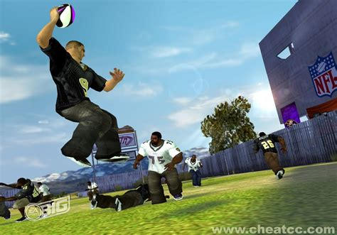 NFL Street 3 Review / Preview for PlayStation 2 (PS2)