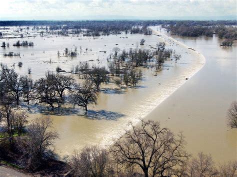 California Floods Its Fields to Keep Its Cities From
