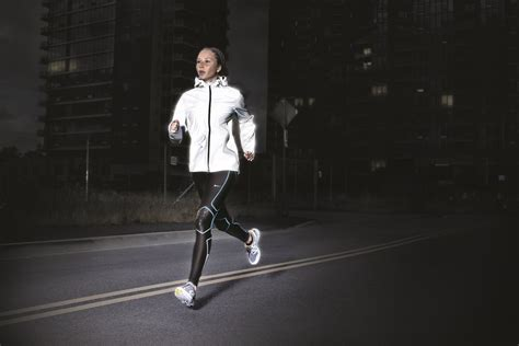 Experience the Dark: the Nike Holiday 2011 Running