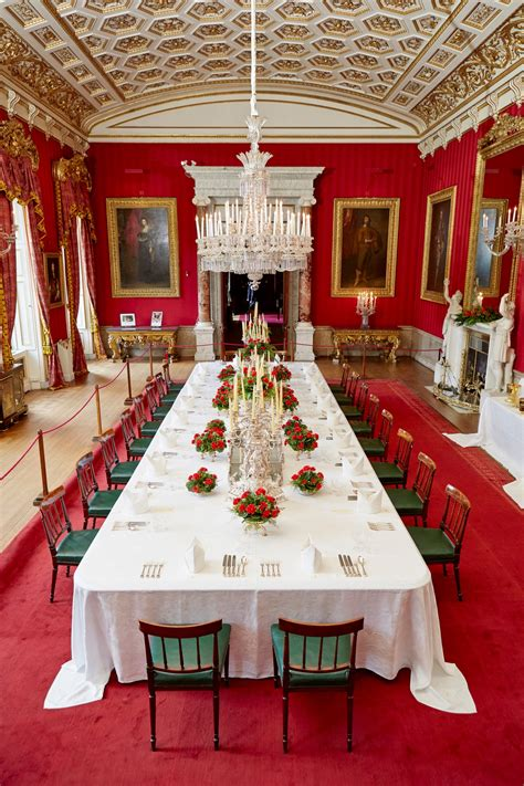 The Grand Tour of Chatsworth House begins | Imagine