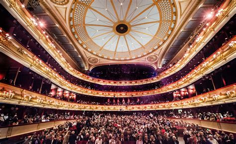 Bringing the very best of both opera and ballet to an