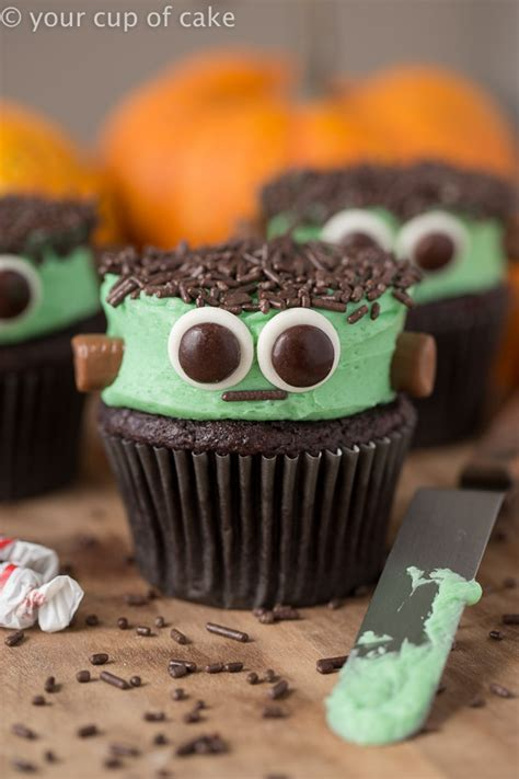 Halloween Oreo Spider Cupcakes -Easy Spooky Spiders - Your
