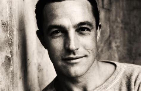 Gene Kelly weight, height and age