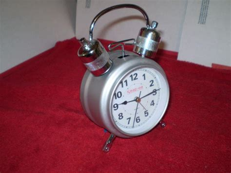 Find Snap On tools alarm clock, rare, nice condition, wake